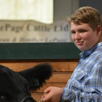 4-H and FFA members appreciate community support at sale of champions