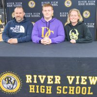 River View's Hunley to play football at Defiance College