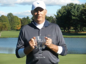 In the Second Flight, Randy Gonter won for the second time in three years.