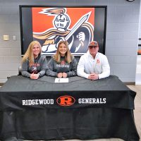 Ridgewood's Rettos to play basketball at Heidelberg