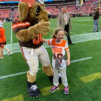 Ridgewood third grader enjoys sideline experience with dad at Browns' game