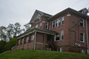 The former Roselawn Sanitarium will be the site of a haunted house sponsored by GentleBrook with help from two high school clubs, the Coshocton Key Club and the Ridgewood STATS Club. The haunted tours will be from 8 p.m. – midnight on Friday, Oct. 23, Saturday, Oct. 24, Friday, Oct. 30, and Saturday, Oct. 31.