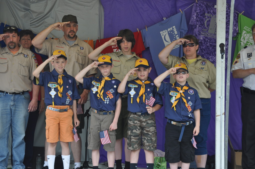 2015 Relay Armed Forces Walk02