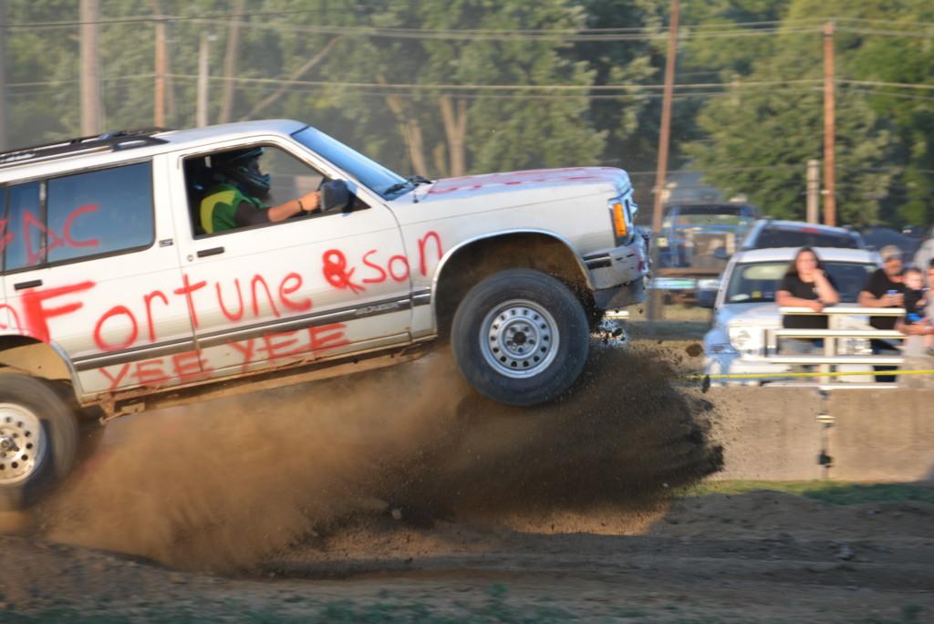 2016 Rough Truck 56