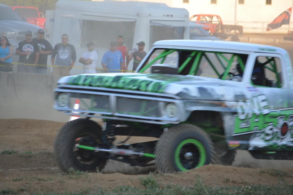 2016 Rough Truck 78