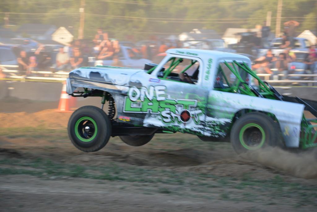 2016 Rough Truck 79