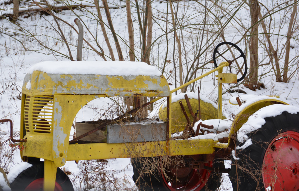 A snowy day in Coshocton County08