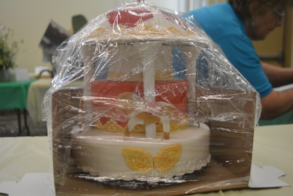BPW Cake Auction 015