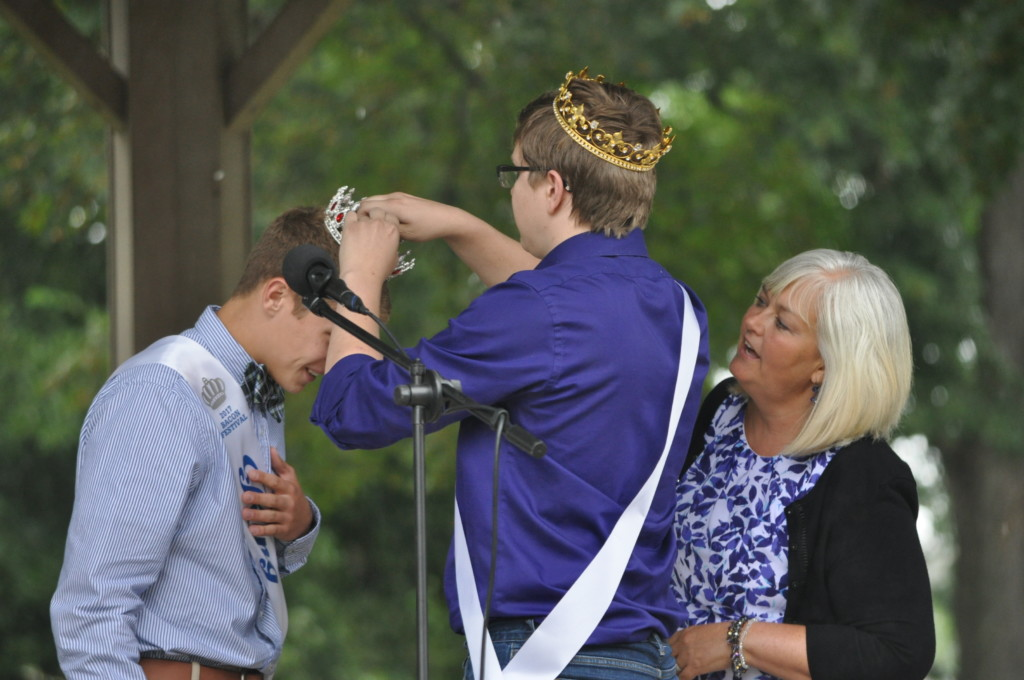 Bacon king and queen contest24