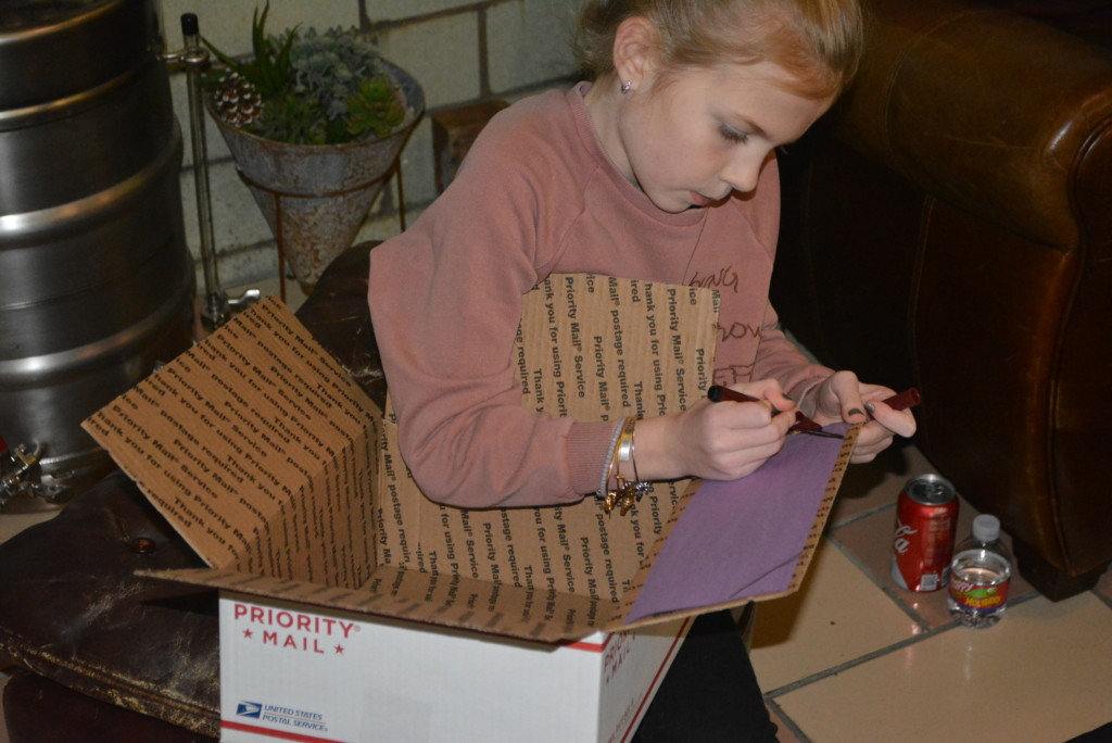 Boxes for Troops07