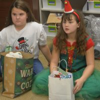 Third graders help nursing home residents