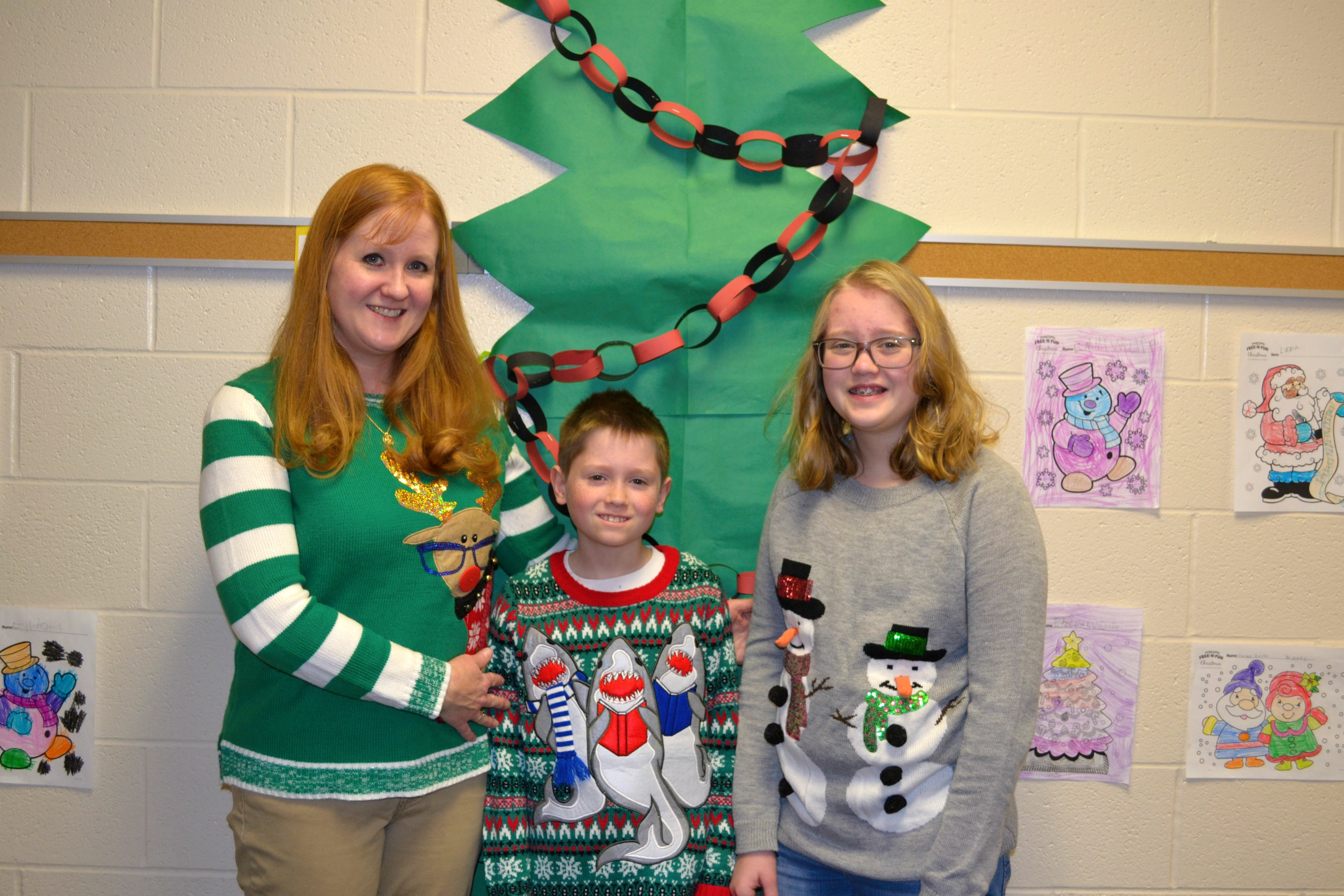 CES Ugly Sweater Contest02