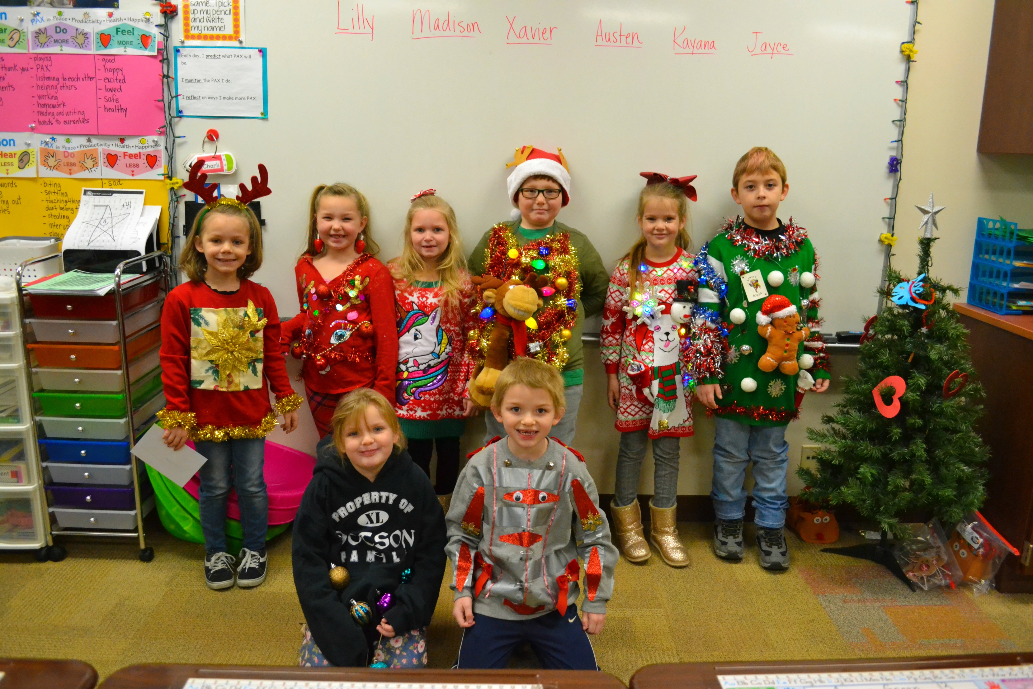 CES Ugly Sweater Contest04