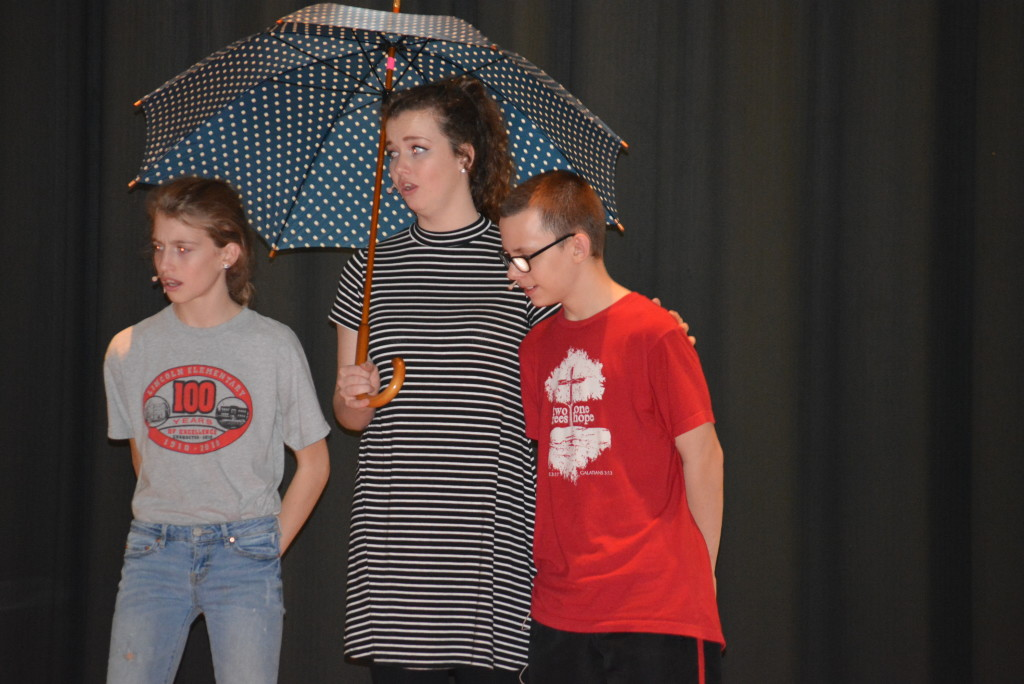 CHS performs 'Mary Poppins'12
