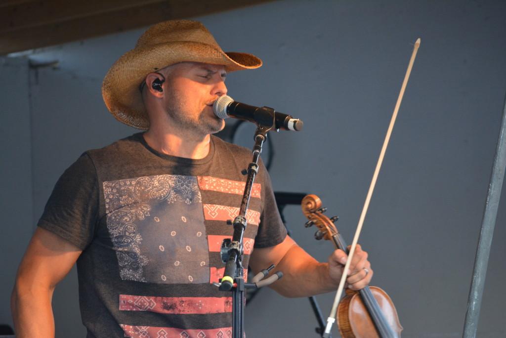 Chris Higbee Concert64