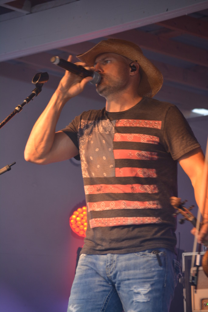 Chris Higbee Concert70
