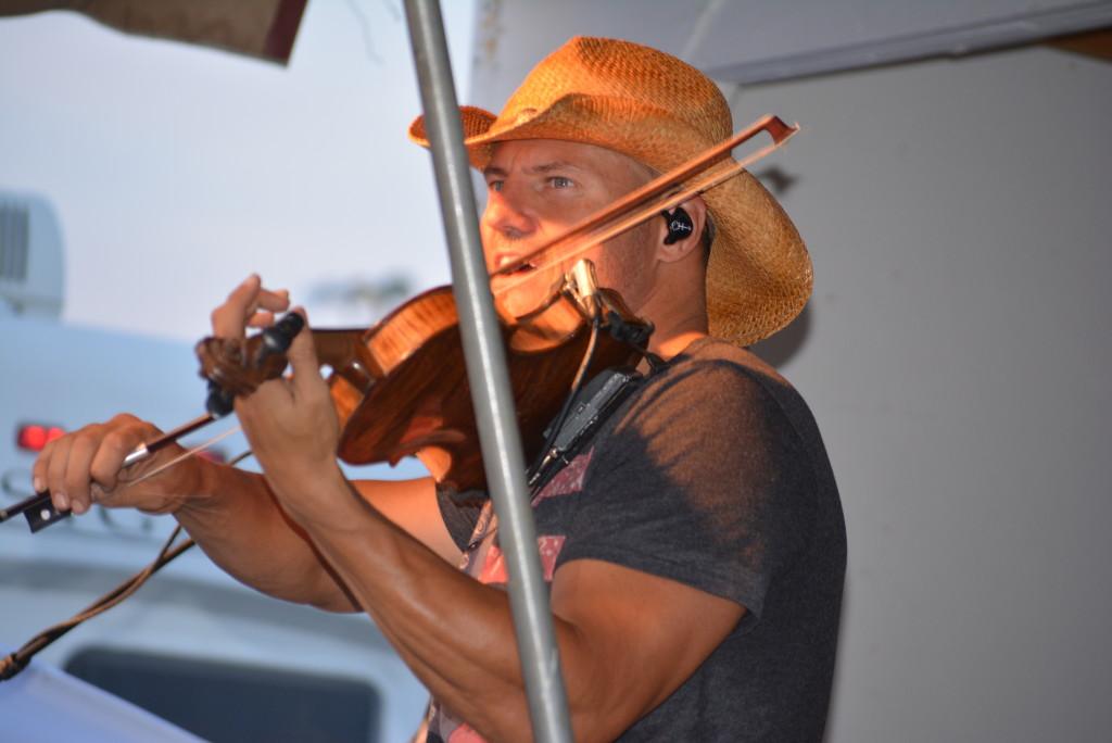 Chris Higbee Concert80