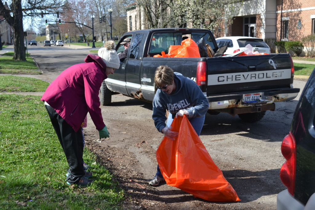 Clean Up Coshocton13