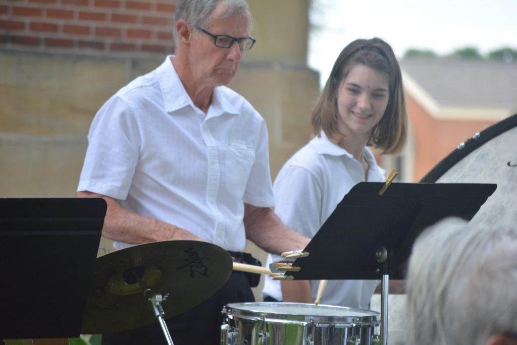 Community Band 050