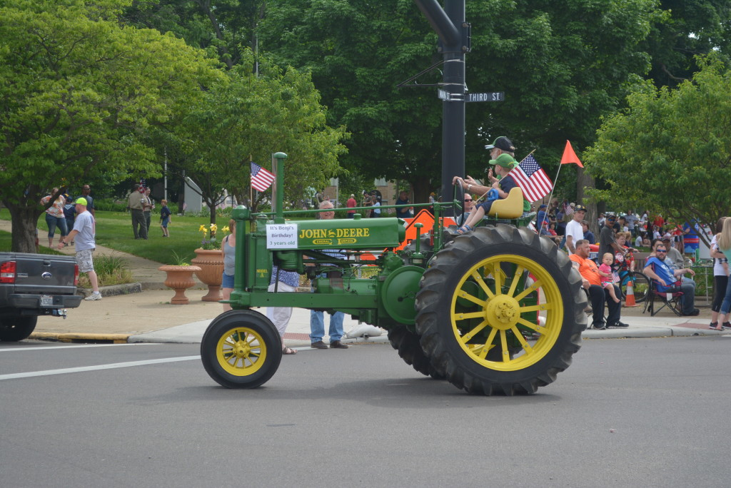 Coshocton Memorial Day Parade01 (1)