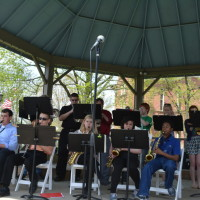 Enjoy lunch and music on the court square