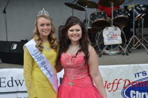 Queen: Shelby Mizer was crowned the first ever Coshocton Hot Air Balloon Festival Queen during a contest held June 4, at the Coshocton County Fairgrounds. Pictured from left are Mizer and first runner up Candace Cormack. Beacon photo by Josie Sellers