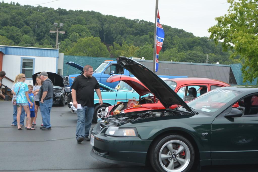 Drennen Car Show 029