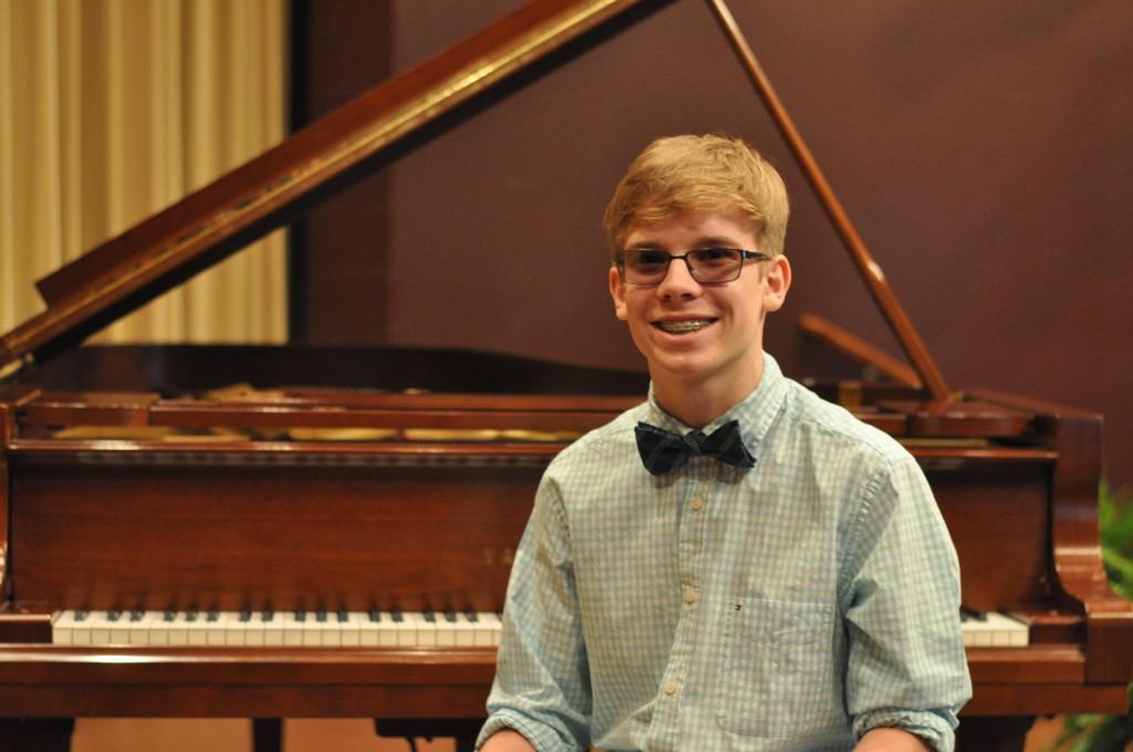 Edward E. Montgomery Jr. Piano Competition04