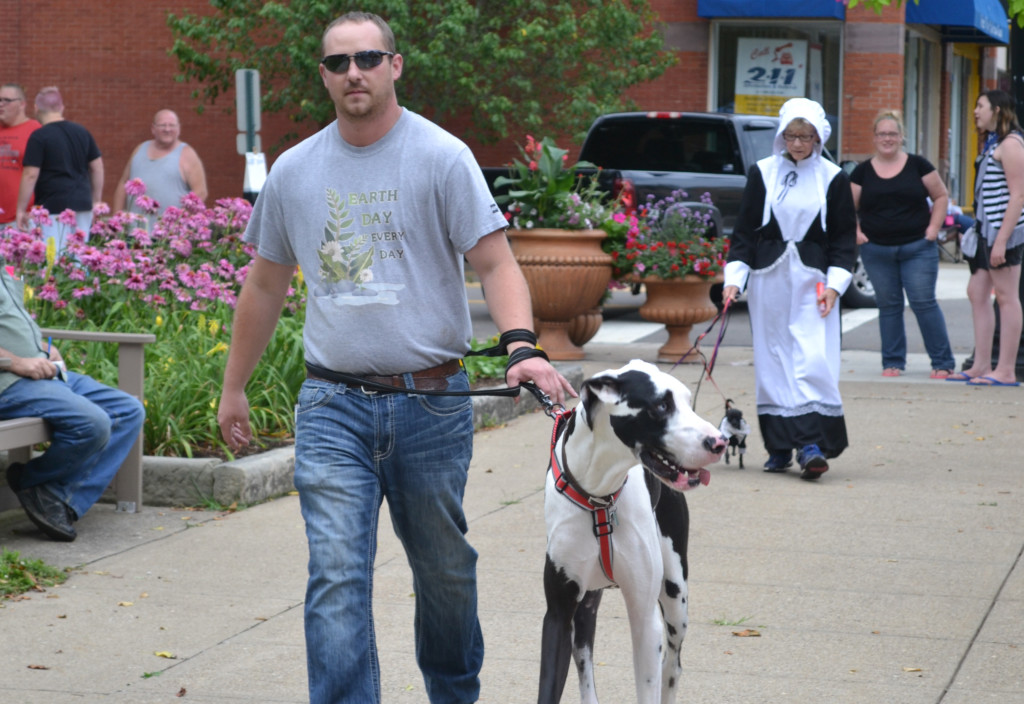 First Friday Dog Parade19