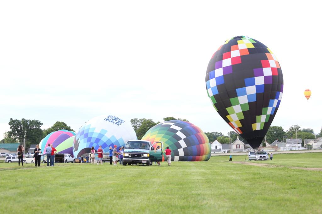 Friday hot air balloons81