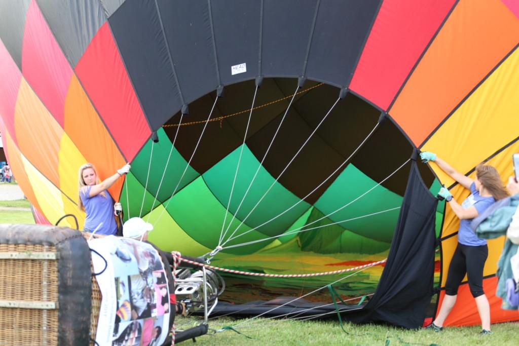 Friday hot air balloons95