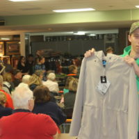 Volunteers contribute to auction's success