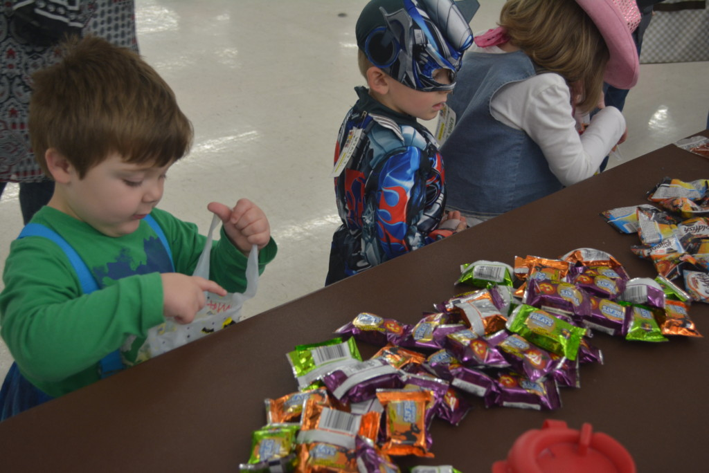 Hopwell Industries Trick or Treat06