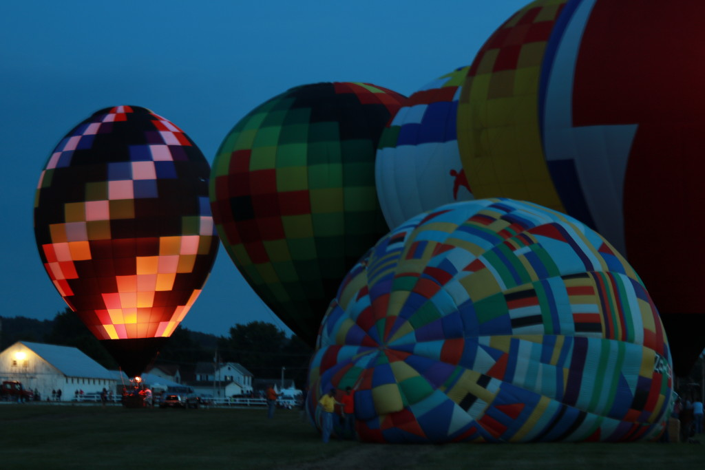 Hot Air Balloon Night Glow11