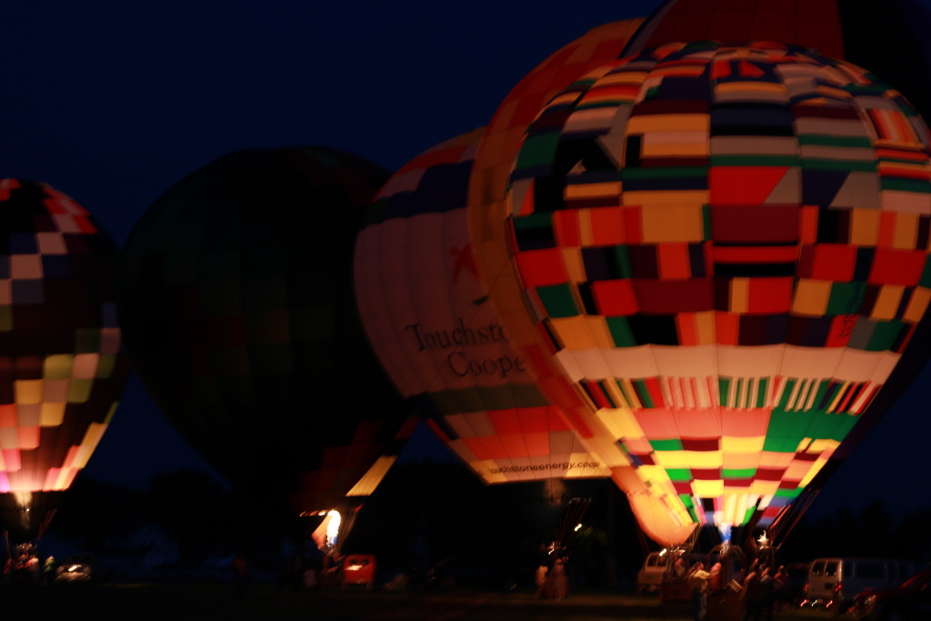 Hot Air Balloon Night Glow15