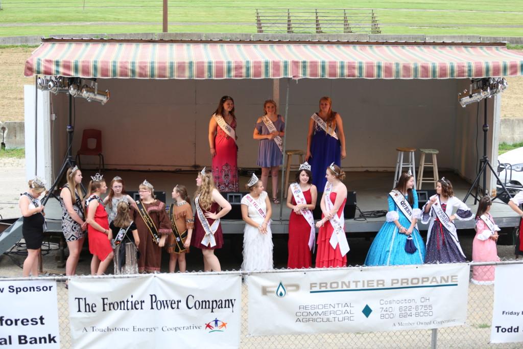 Hot air balloon queen parade11