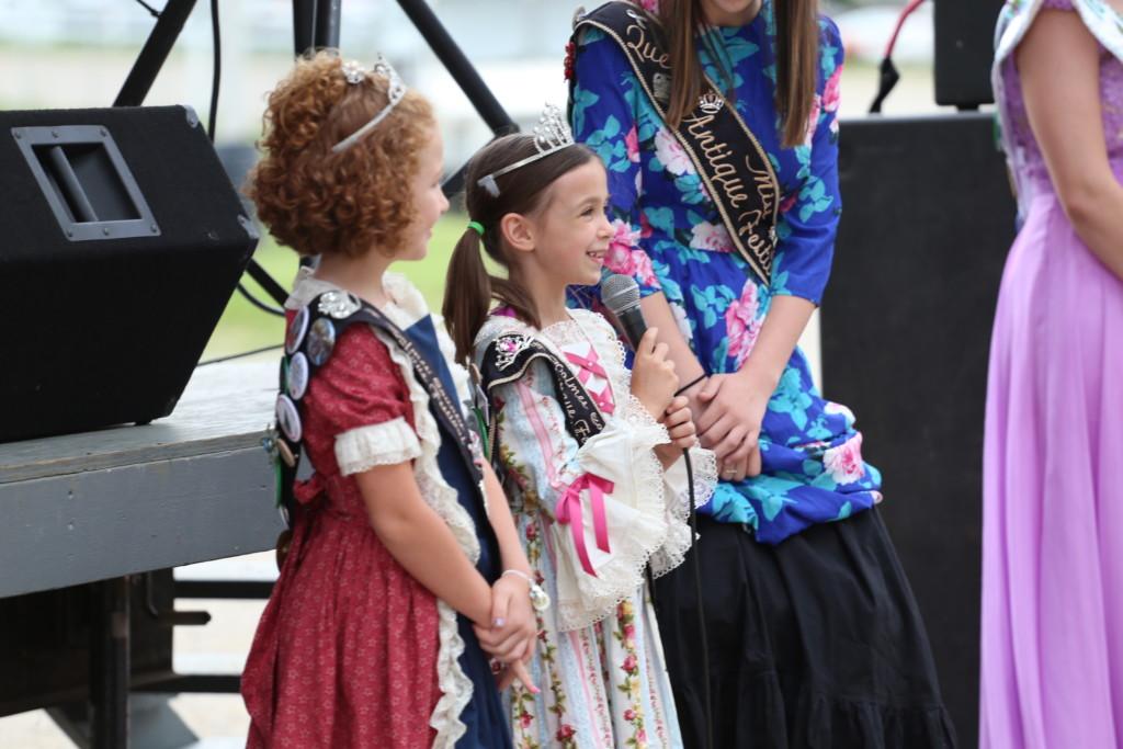 Hot air balloon queen parade41