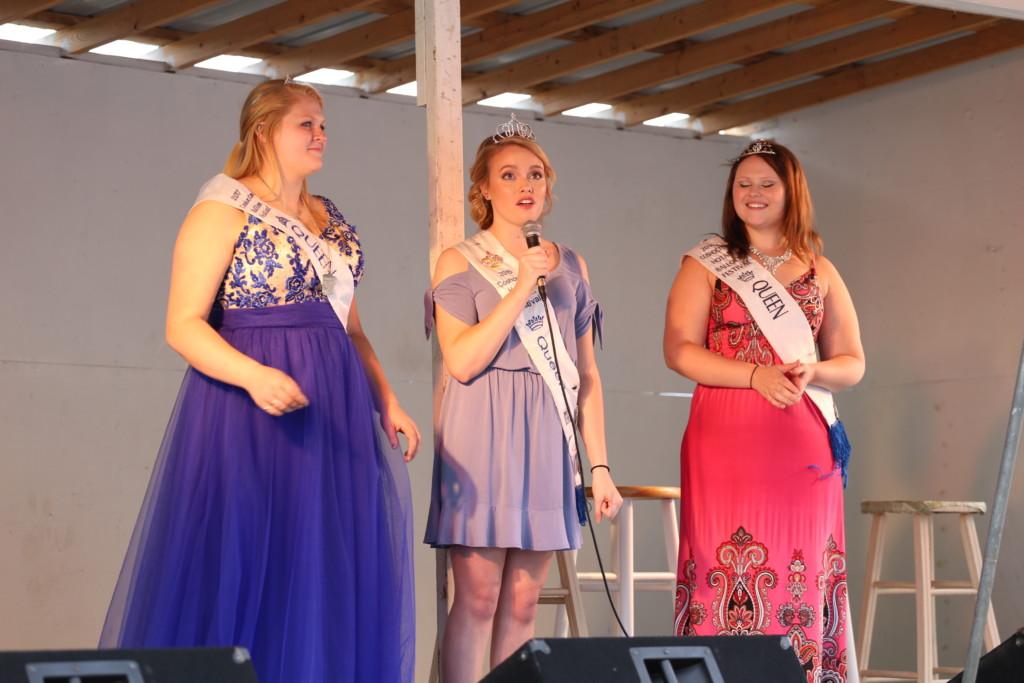 Hot air balloon queen parade54