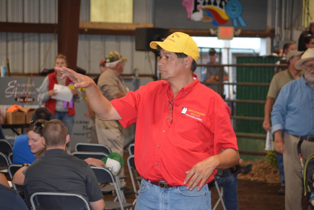 Junior Fair Livestock Auction27