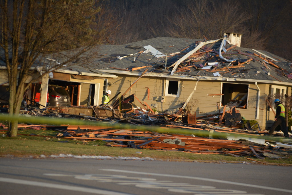 Newcomerstown house explosion05