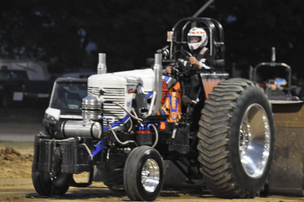 Open Truck and Tractor Pull03