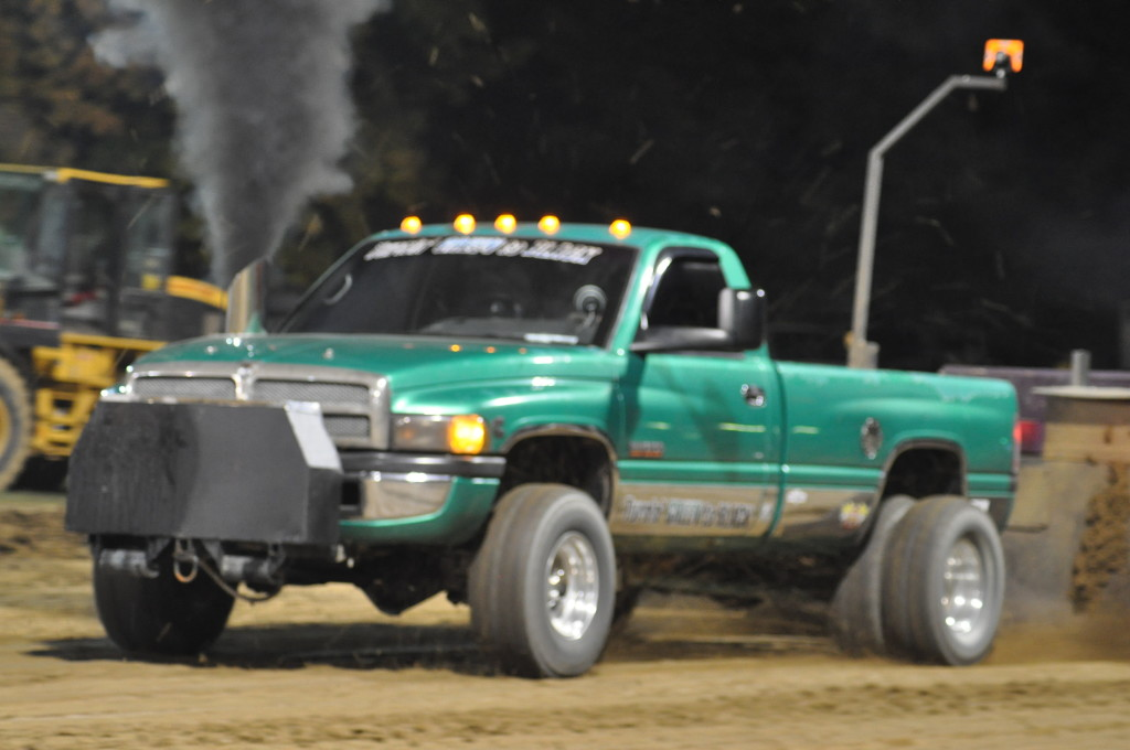 Open Truck and Tractor Pull30