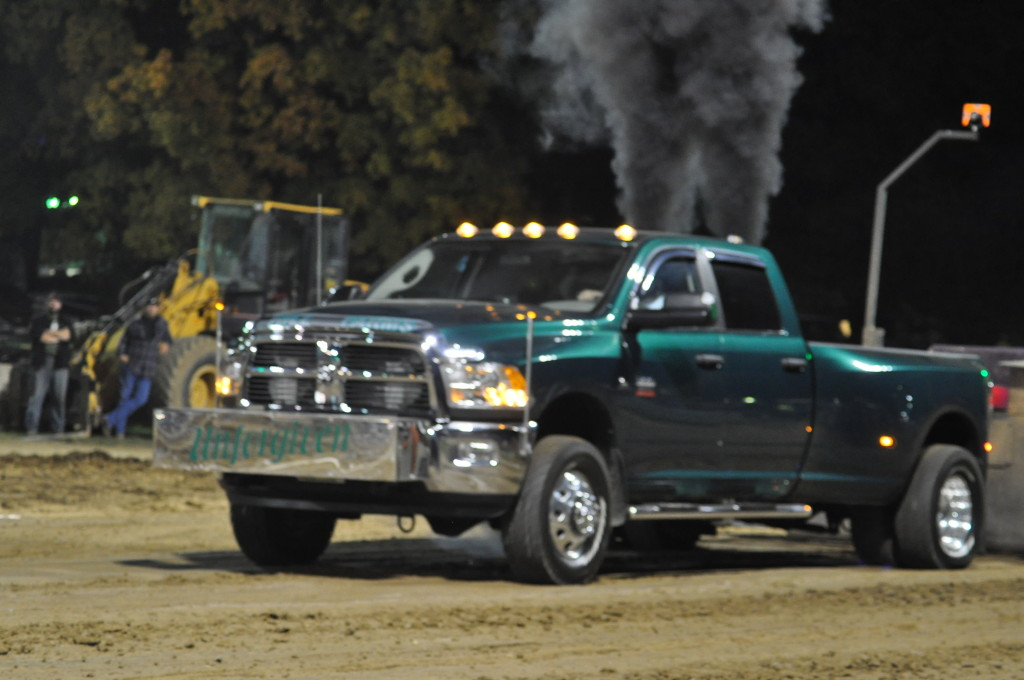 Open Truck and Tractor Pull35
