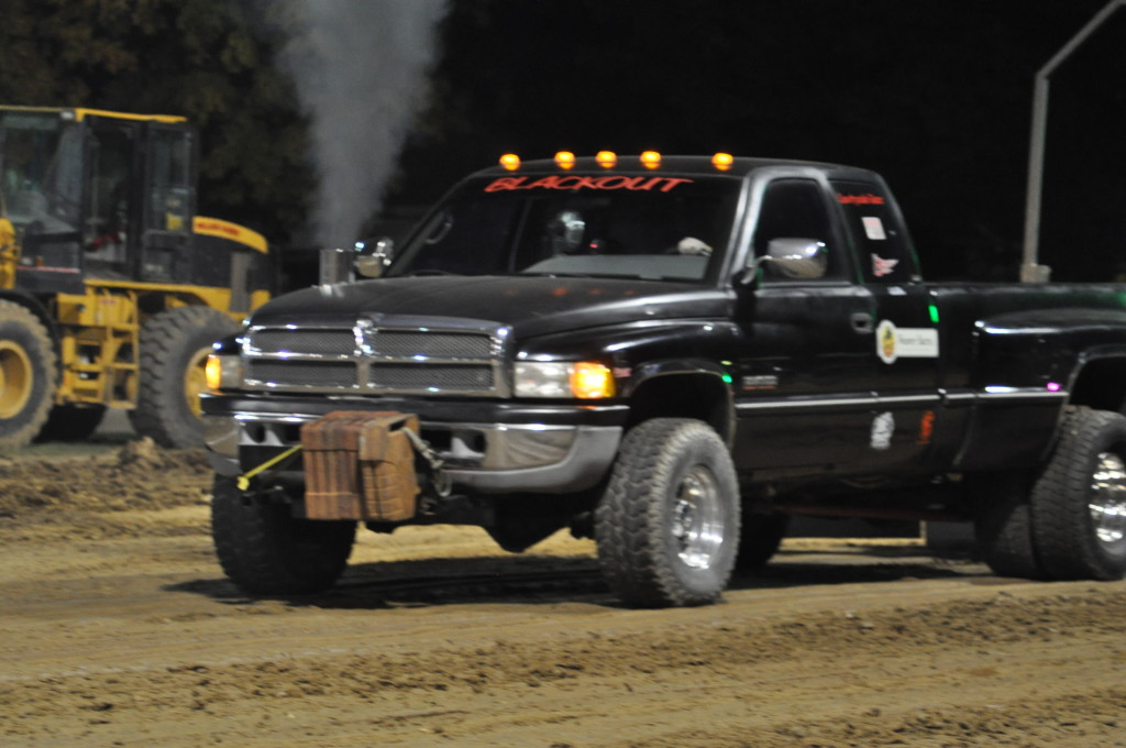 Open Truck and Tractor Pull37