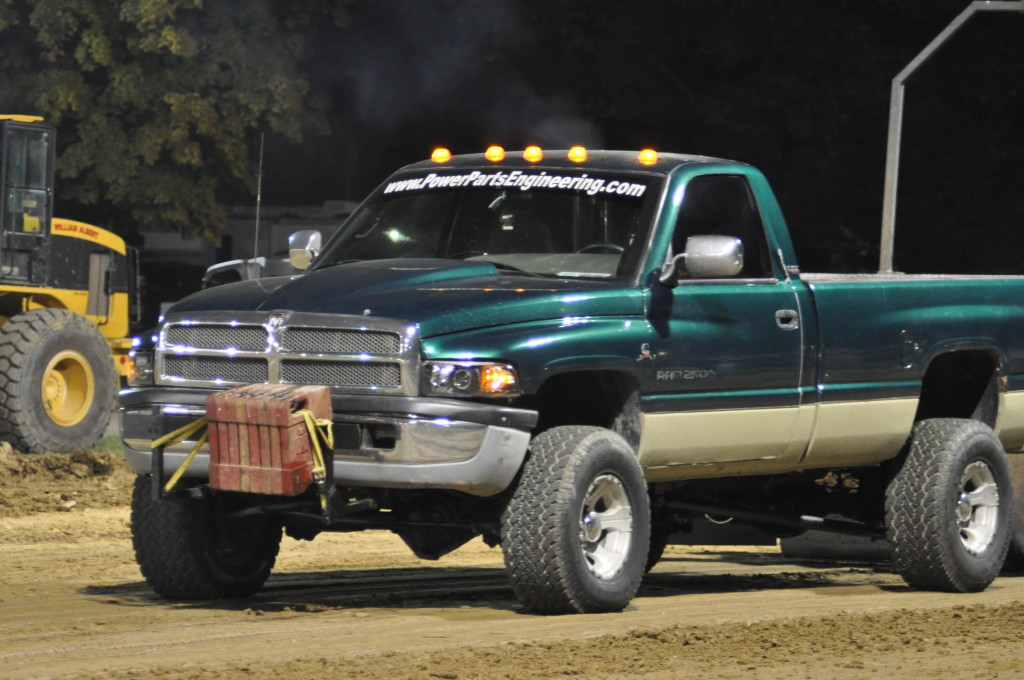 Open Truck and Tractor Pull39