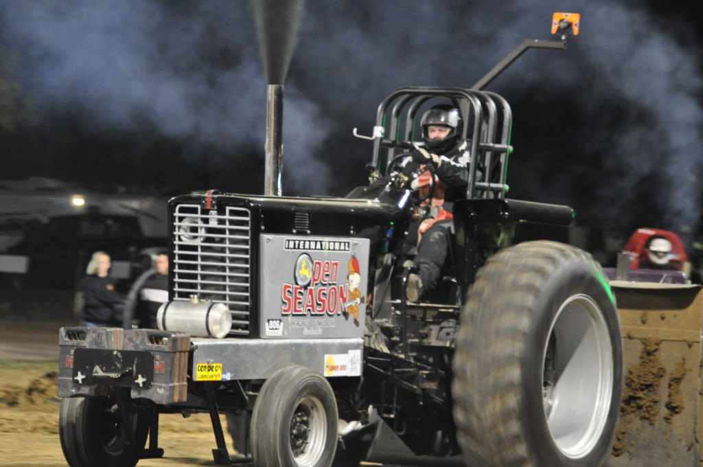 Open Truck and Tractor Pull56