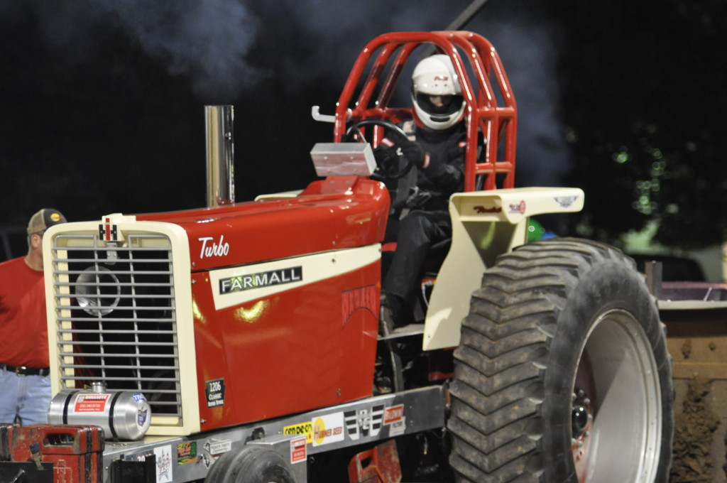 Open Truck and Tractor Pull60