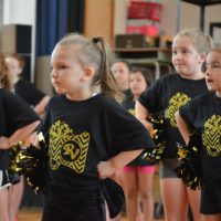 River View introduces young cheerleaders to biddy program