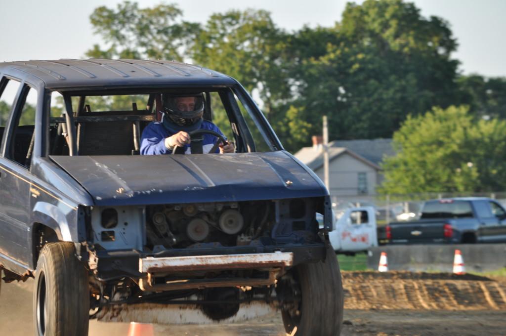 Rough Truck15
