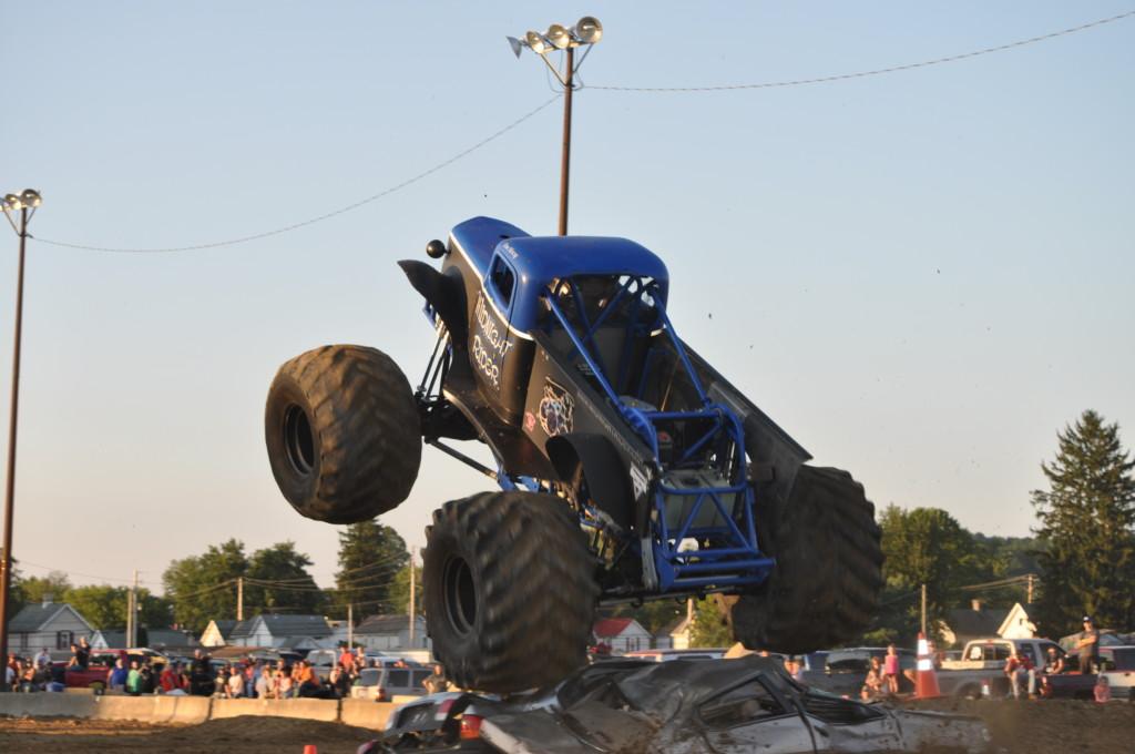 Rough Truck74